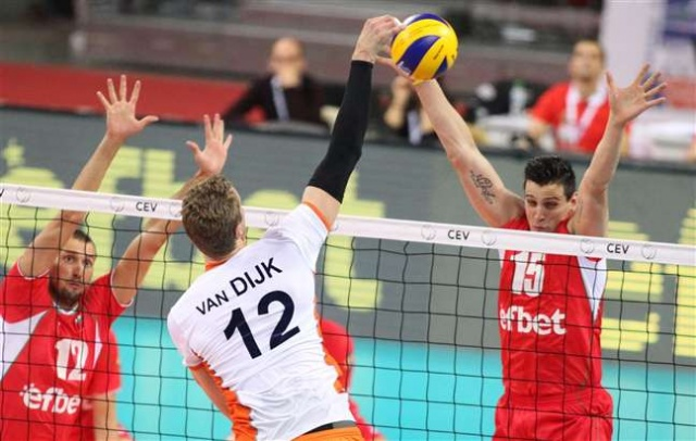 Bulgaria: Bulgaria Goes to Eurovolley Quarterfinals after 3:2 Win over Netherlands