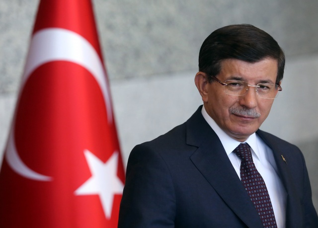 Bulgaria: Turkish PM Points to IS as Prime Suspect for Ankara Suicide Bombings