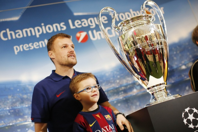 Bulgaria: Champions League Trophy Embarks on Tour in Three Bulgarian Cities