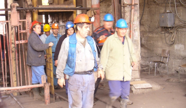 Bulgaria: Miners Stage Blockade Near Bulgaria's Burgas over Lack of Payment