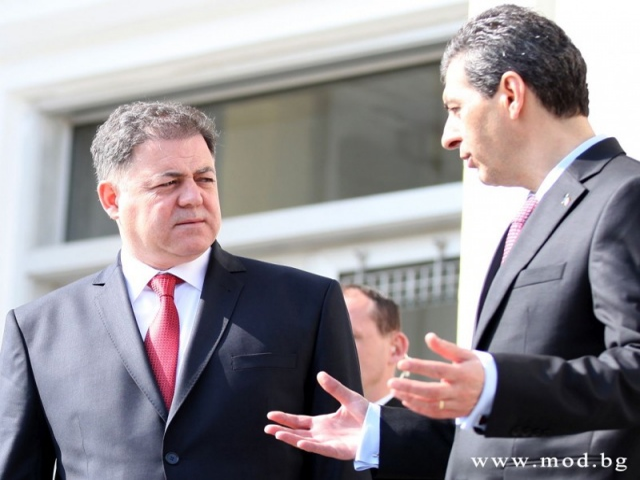 Bulgaria: NATO Members Bulgaria, Romania Discuss Defence Cooperation