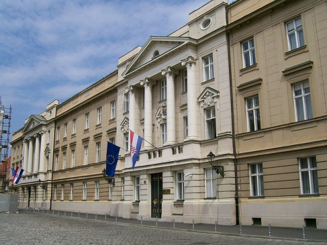 Bulgaria: Croatian Parliament Dissolves Itself, Paving Way for Early Elections