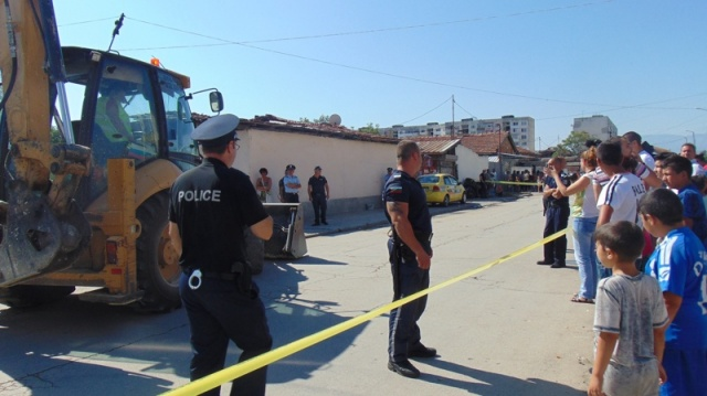 Bulgaria: Demolition of Illegal Roma Dwellings Begins in Bulgaria's Plovdiv