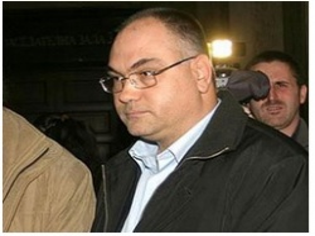 Bulgaria: Ex-MP Sentenced for Pedophilia to Run for Bulgarian President