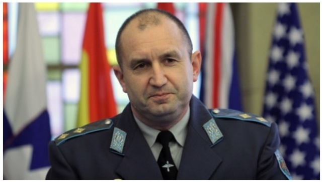 Bulgaria: Bulgarian Air Force Chief Still Waiting for Discharge
