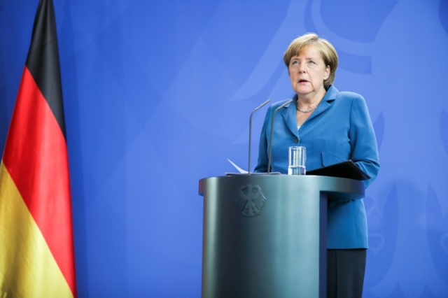 Bulgaria: Angela Merkel's Approval Rating Plummets after Attacks in Germany - Poll
