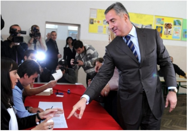 Bulgaria: Montenegro's Ruling Party Wins Election, But Short of Majority