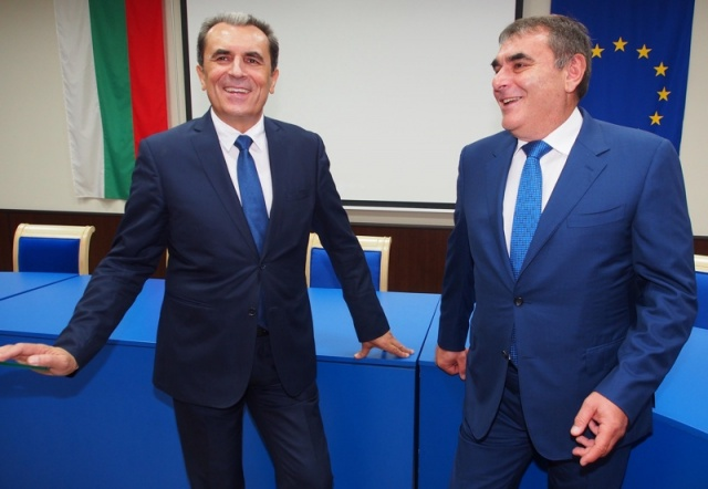 Bulgaria: Bulgaria's Presidential Hopefuls: Meet the Odd Ones Out (Part 1)