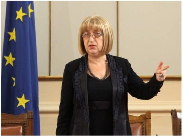 Bulgaria: Is Tsetska Tsacheva a Warm-Up for Boyko Borisov's Presidential Term in 2021?