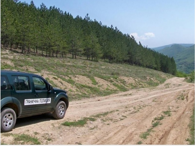 Bulgaria: Bulgarian Police Detain 26 Migrants Leaving Country