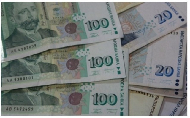 Bulgaria: Fewer Bulgarians Become Indebted, Debt Amount Grows