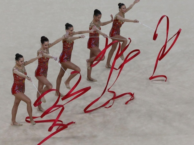 Bulgaria: Iliyana Raeva: Bulgarian Rhythmic Gymnastics Group Seen as Biggest Favourite