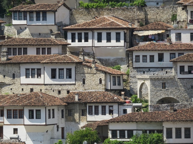 Bulgaria: Dash for Bulgarian passports empties Albanian village