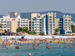 Bulgaria: English Tourist Died after Falling from the Third Floor of a Hotel in Sunny Beach