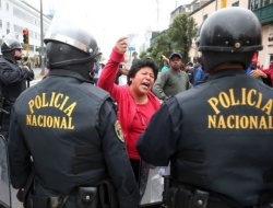 Bulgaria: Clashes Between Police and Teachers in Peru