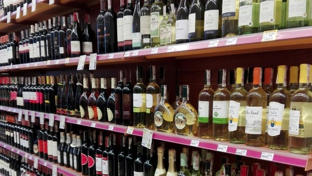 Bulgaria: New Zealand Doctors Want to Ban Alcohol in Supermarkets