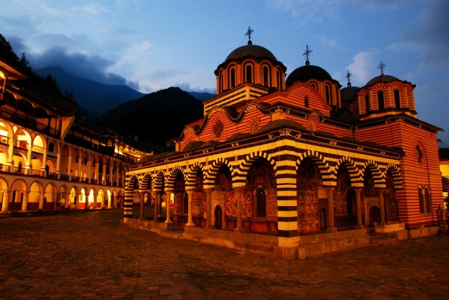 Bulgaria: Many Tourists will Spend the Night at Rila Monastery before Assumption of Mary