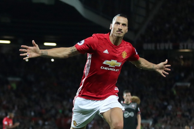 Bulgaria: Ibrahimovic Signed a New Contract with Manchester United