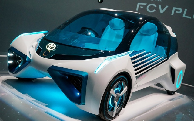 Bulgaria: Toyota to Form Electric Car Technology Venture with Mazda