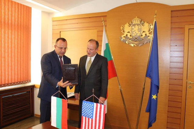Bulgaria: Ambassador Rubin Met with Bulgarian Minister of Agriculture