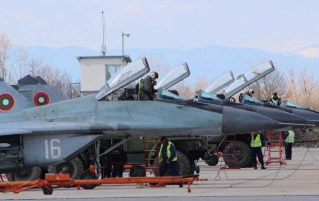 Bulgaria: Some of the Pilots at Graf Ignatievo Air Base not Confident to Fly