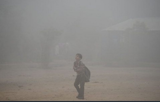 Bulgaria: All Schools in New Delhi are Closed Because of Smog