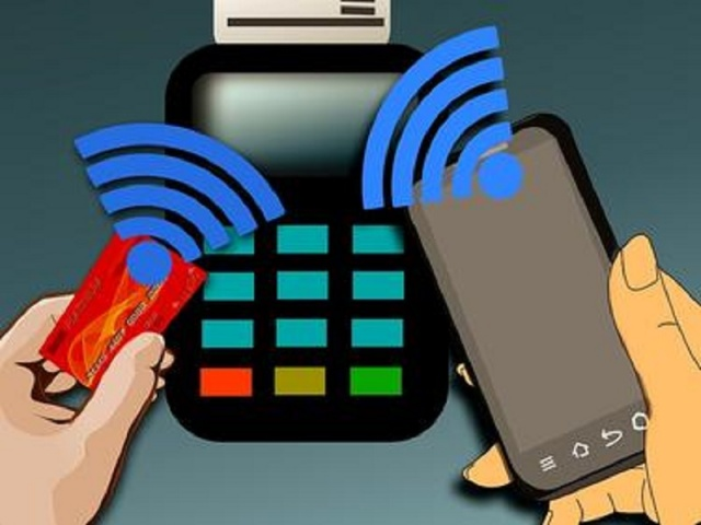 Bulgaria: 2/3 of Bulgarians do not Want to Pay with Card, but by Phone
