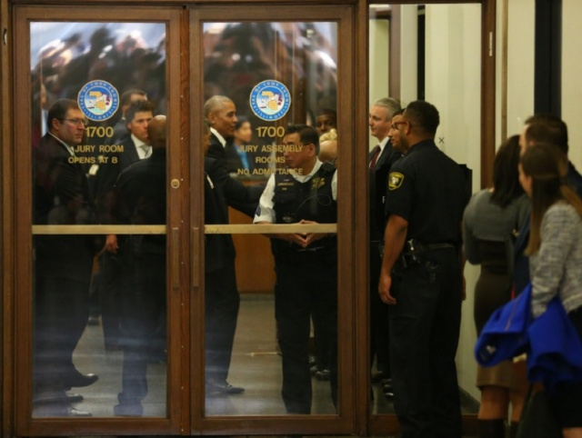 Bulgaria: Barack Obama Appeared in Court after being Summoned for Jury Duty