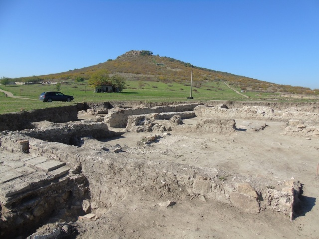 Bulgaria: Archaeologists Find Roman Military Officers' Residence (Tribunorium) in Thracian City Kabile near Bulgaria's Yambol