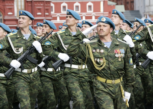 Bulgaria: Russia Plans to Spend EUR 320 Billion for Arms for 10 Years