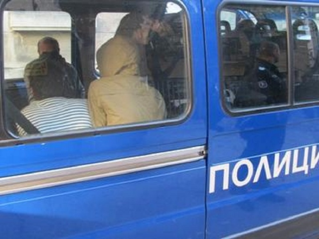 Bulgaria: Authorities Seized 17 Illegal Migrants near Kostinbrod