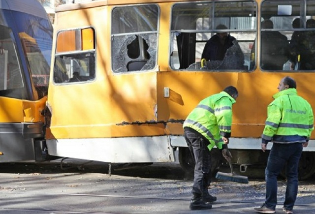 Bulgaria: Two Trams Crashed in Sofia, 3 People Checked in a Hospital