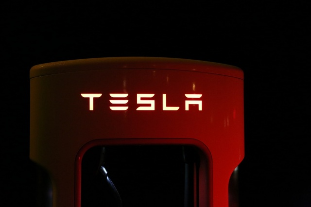 Bulgaria: Tesla has Completed Construction of the World's Largest Lithium Ion Battery in Australia
