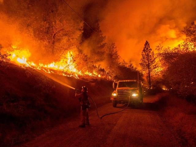 Bulgaria: Be 'Ready to GO!' Southern California Warns Residents as Fires Rage