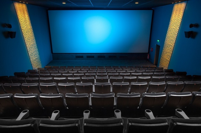 Saudi Arabia ends decades-long ban on movie theaters