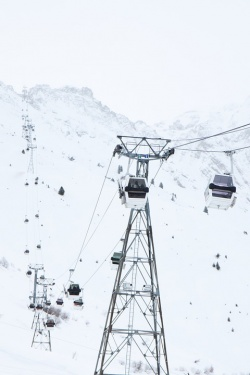 Bulgaria: Environmentalists Protest against Construction of Second Ski Lift in Bansko