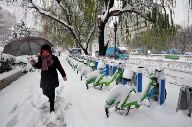Bulgaria: Heavy Snowfall Caused the Death of 10 People in China