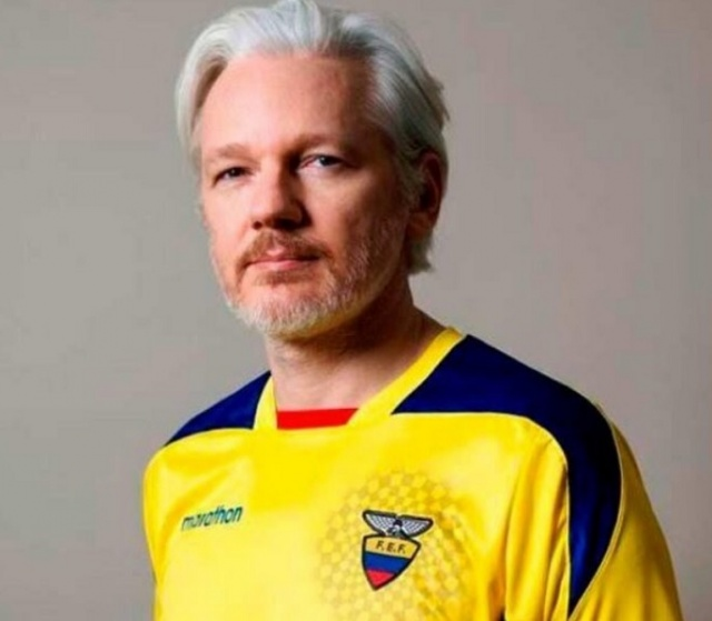 Bulgaria: Julian Assange Received a Civilian ID in Ecuador