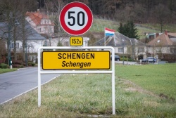 Bulgaria: Deutsche Welle: Why the EU does not Want to Hurry with Bulgaria's Entry into Schengen