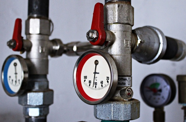 Bulgaria: Breakdown of Pipes Again Left 2 Quarters in Sofia Without Heating and Hot Water