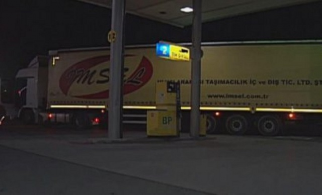 Bulgaria: Drunk Turkish Truck Driver Crashed into a Petrol Station in Yambol