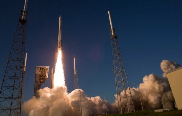 """Bulgaria: US Launched Satellite with Heavy Missile """"Atlas"""""""