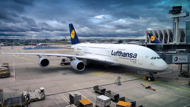 Thieves Steal US$5 million in Cash From Lufthansa Cargo