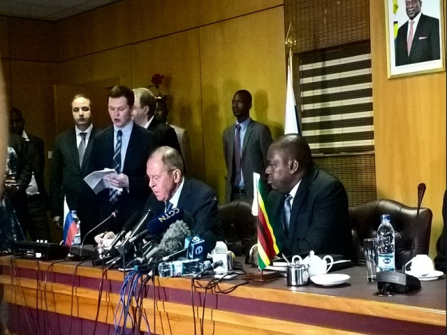 Bulgaria: Russia has an Interest in Diamonds and Platinum in Zimbabwe