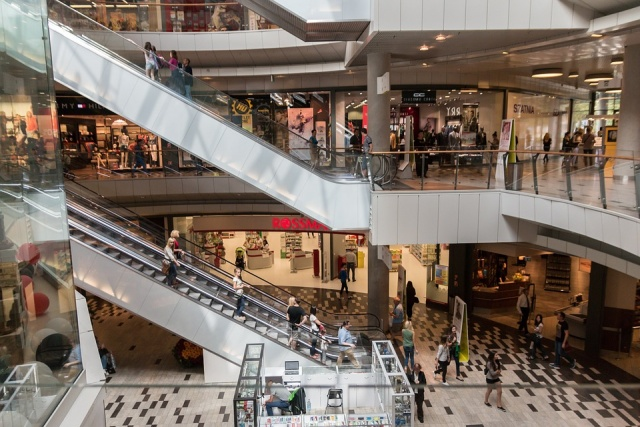 Bulgaria: Most Stores Shut in Poland as Sunday Trade Ban Takes Effect
