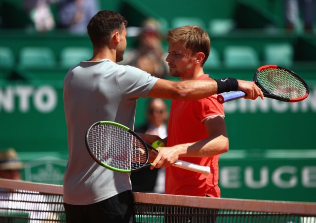 Djokovic out in Monte Carlo, Nadal through