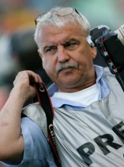 Bulgaria: Oleg Popov - Over 20 Years on The Battlefield With ...a Camera!