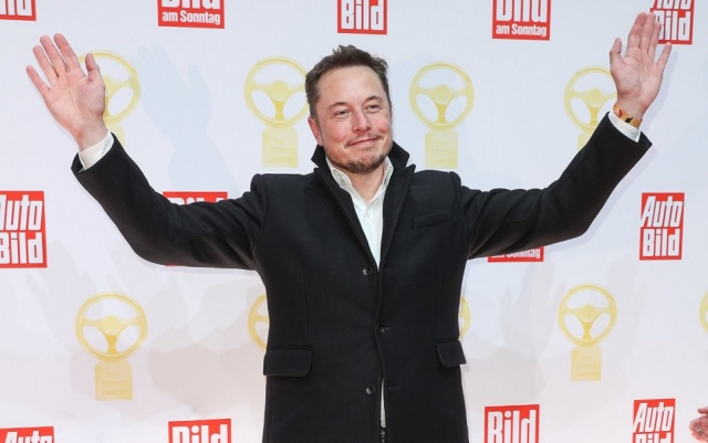 Bulgaria: Elon Musk will Launch Candy Company