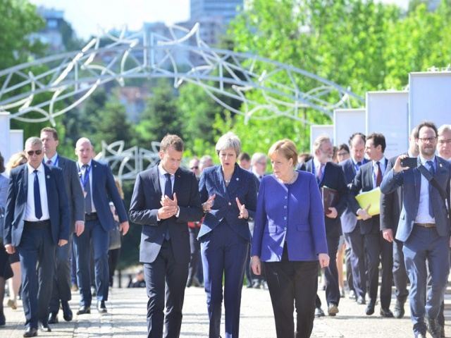 Bulgaria: FT: Macron Warns against Hasty EU Enlargement at the Sofia Summit