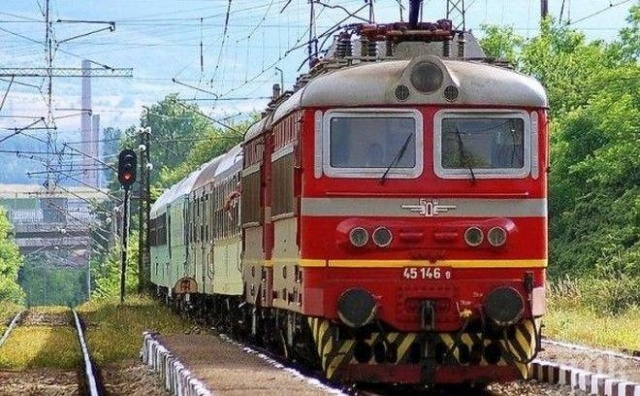 Bulgaria: Bulgarian Railways Continue to Accumulate Losses